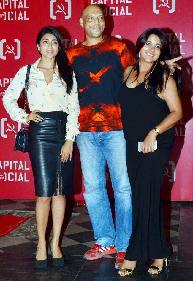 Shreya Saran and Narayani Shastri at the launch of Capital Social, Mumbai. #Bollywood #Fashion #Style #Beauty #Hot #Sexy