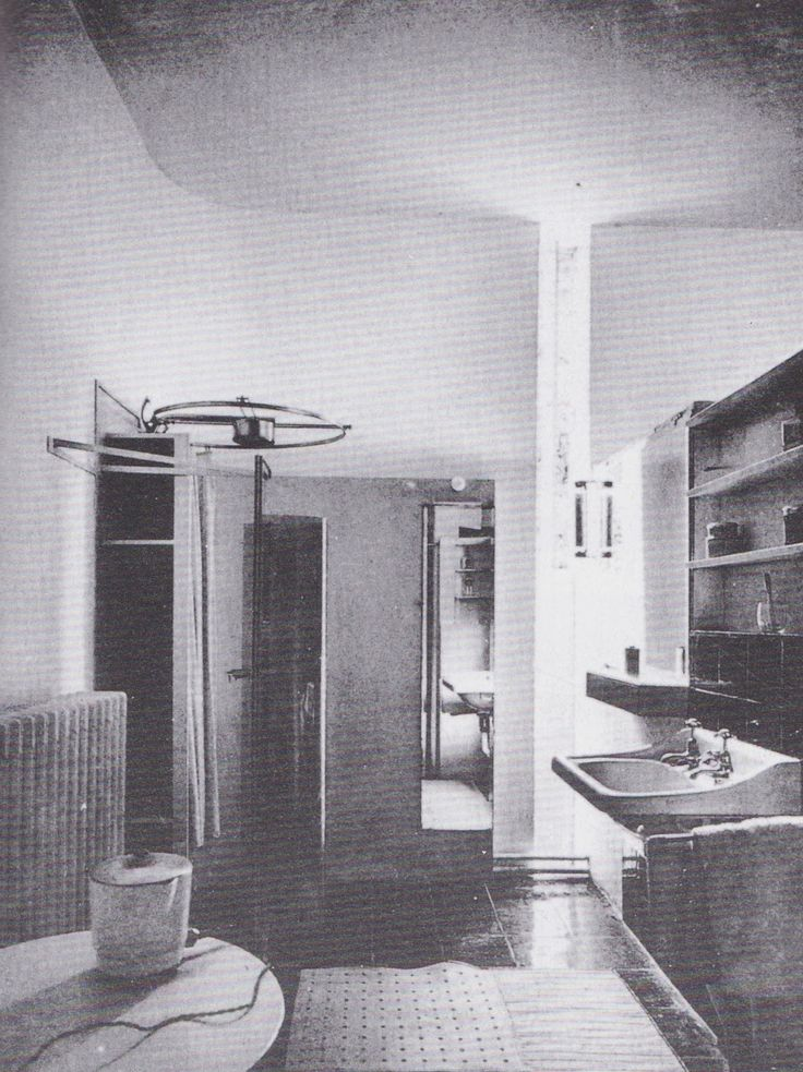 59 best eileen gray villa e1027 images on pinterest eileen gray mansions and time magazine. Black Bedroom Furniture Sets. Home Design Ideas
