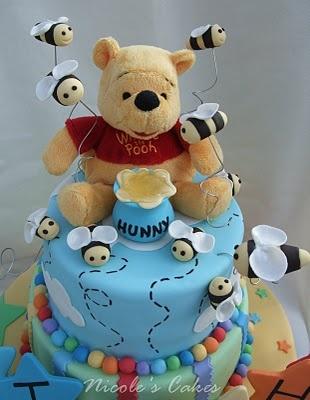 WinnieBears Cake, Baby Shower Cakes, Bees Cake, Pooh Bears, Cake Design, Cake Decor, Pooh Cake, Birthday Cake, Baby Cakes