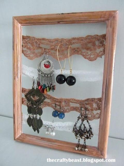 a frame for earrings