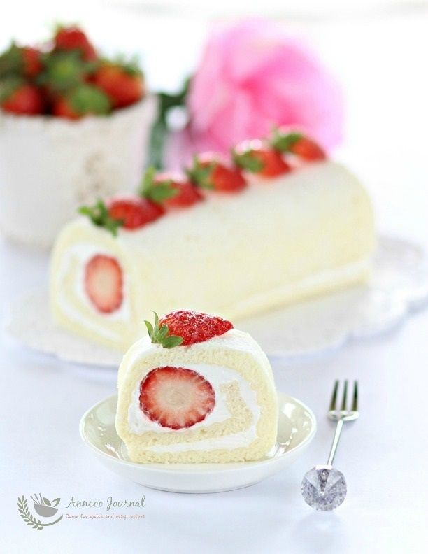 This Egg White Roll Cake Is Light Soft Moist And Filled With Whipped Cream