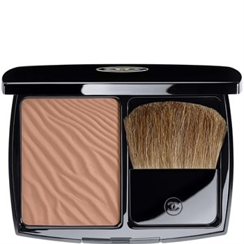 SOLEIL TAN DE CHANEL - Bronzing Powder, couldn't leave the house without it.