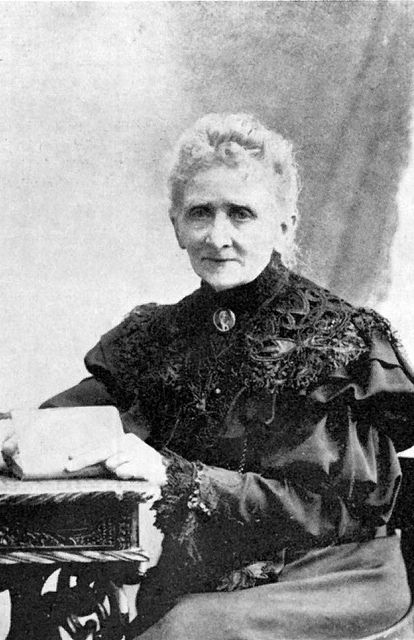 Frederikke Federspiel (1839 - 1913), the first professional female photographer in Denmark