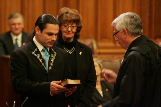 Senator Patrick Brazeau crashes after years of boorish behaviour: Tim Harper