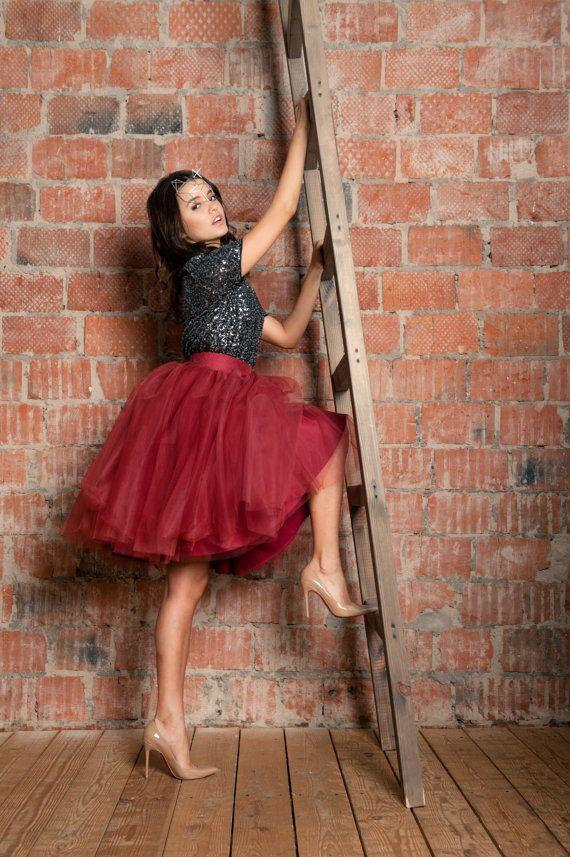 Marsala Tulle Skirt. Red Tulle Skirt. Burgundy by BowsAndTulle