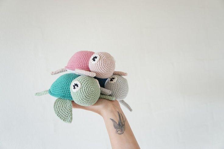 Turtle | Vibemai, #crochet, free pattern, amigurumi, stuffed toy, #haken, gratis patroon (Engels), schildpad, zee, knuffel, speelgoed, #haakpatroon