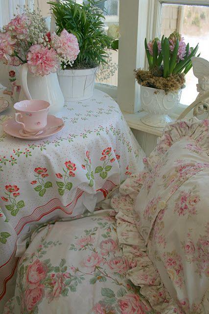 cozy, cottage, sitting area
