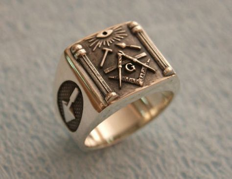 Silver Mens Ring With Minerva Set In Black Stone