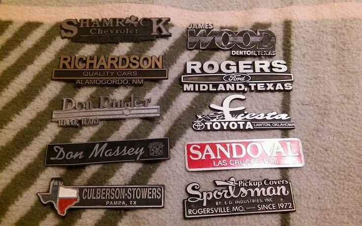 Vintage Lot of 10  Plastic Auto Advertising Emblem Nameplate Dealer Plates  #6