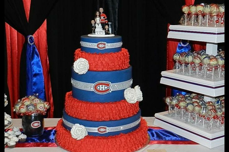 "Le mariage ""Canadiens"" d'Haley et Matthew. / Haley and Matthew's Canadiens' themed wedding. Soumis par / Submitted by Haley Kinden #GoHabsGo"