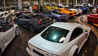 Tips Membeli Mobil Baru di Showroom – Jika anda memiliki planning untuk membeli mobil baru di Showroom anda dapat memanfaatkan jasa daripada para calo atau anda dapat langsung mengunjungi bursa mobil baru yang ada di sekitar lokasi anda berada. Setiap orang tentu memiliki planning yang matang sebelum membeli mobil baru di Showroom. Namun, ada baiknya