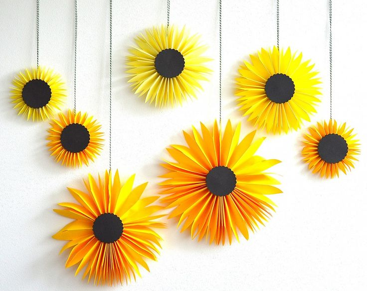 Paper Sunflowers via Be Color And | CreateForLess Tumblr