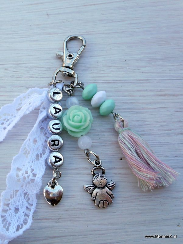 MonnieZ  leuke sieraden en hebbe-dingen, voor jezelf of als orgineel cadeau