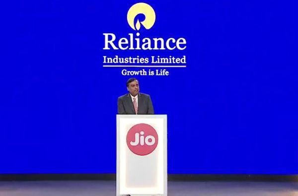 reliance-jio-phone-2-jio-gigafiber-jio-tv-video-calling-smart-home
