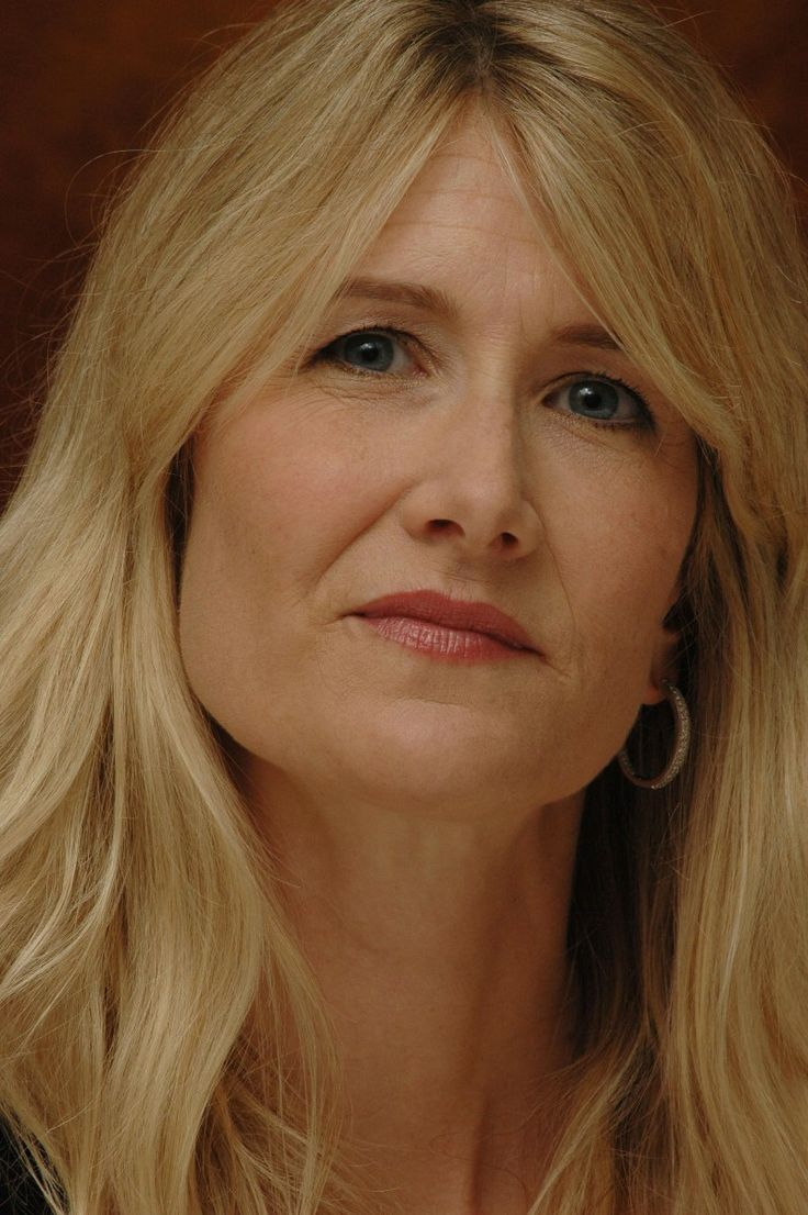 Best 25 laura dern movies ideas on pinterest all jurassic park movies jurassic park theme - Laura nue ...