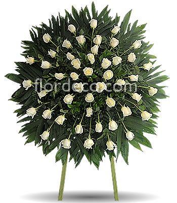 Corona especial con 50 rosas blancas clave FLOR-123