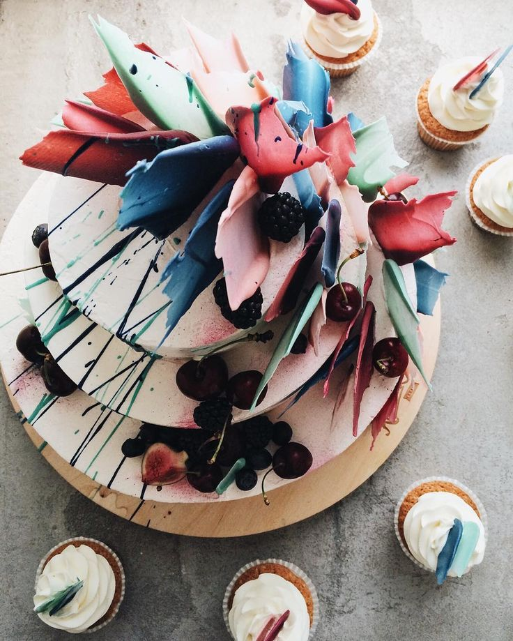 25+ best ideas about Creative Cake Decorating on Pinterest ...