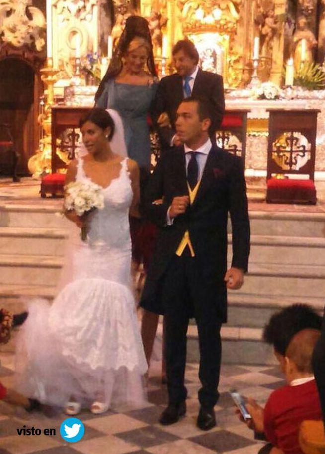 ¡Alberto Isla y Techi ya se han casado! Las primeras imágenes de la boda. | CORAZON VIP 2