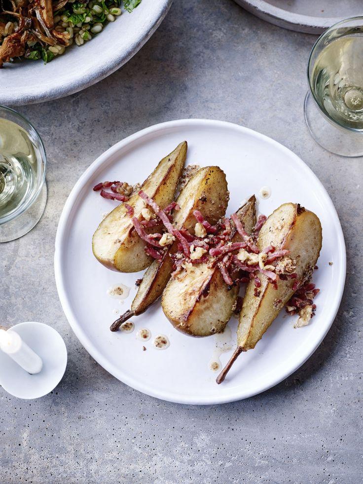 Gebakken peren met spek en mosterddressing - Libelle Lekker