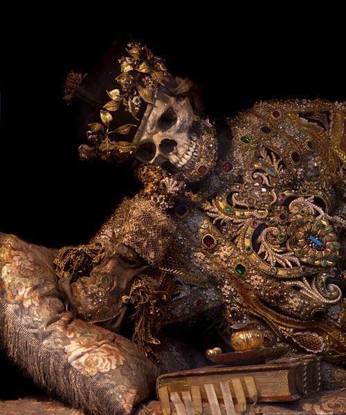 THE SKELETONS OF WALDSASSEN BASILICA - Valentinus