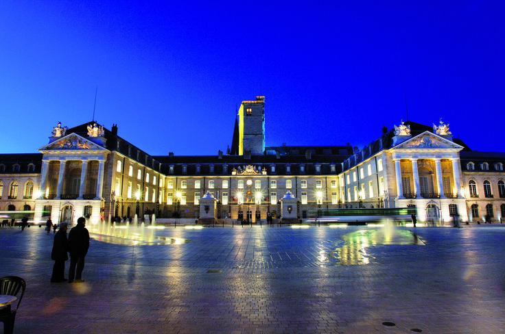 Palais des Ducs et des Etats de Bourgogne - Office de Tourisme de Dijon © Atelier Démoulin
