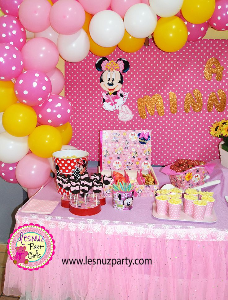 Cumpleaños Minnie Mouse mesa dulce Lesnuzparty - Minnie Mouse birthday themed