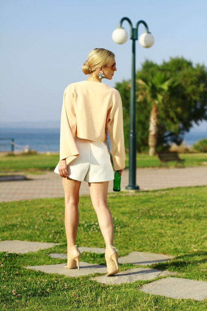 shorts, heels, pastels and white