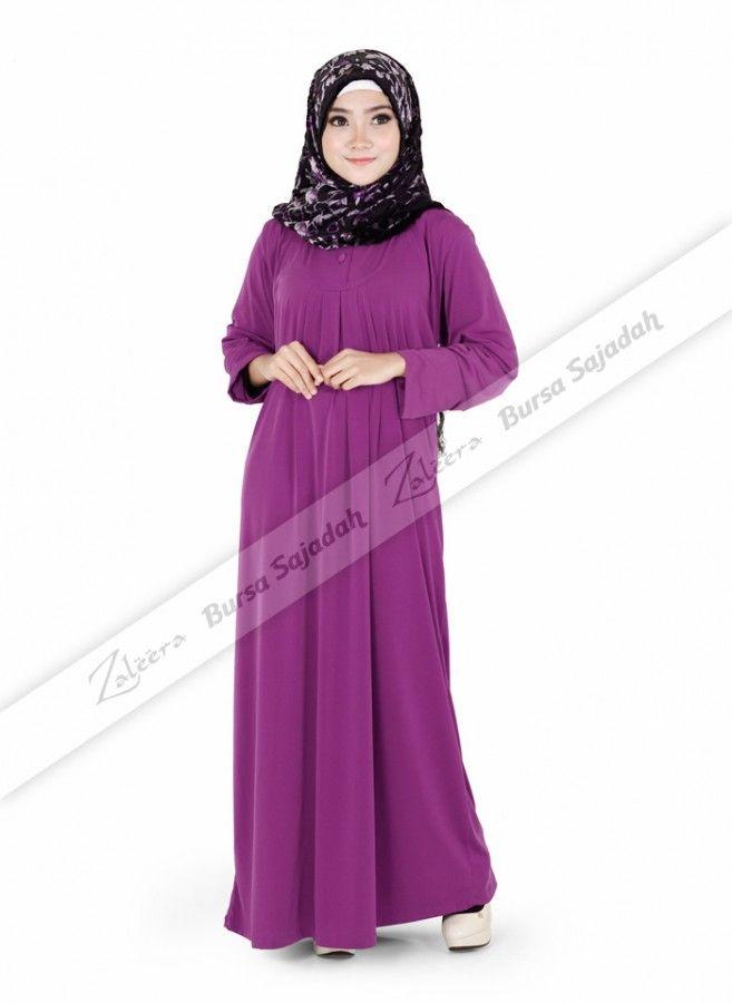 Zaleera Lipit Warna, gamis muslim dengan pilihan warna ungu & scarlet red yang chic! Long dress ini selain dibuat menggunakan bahan jersey yang terasa dingin dan ringan, juga memiliki desain loose-fitting yang tidak menampakkan lekuk tubuh. Sangat pas dijadikan busana syar'i untuk pesta atau acara lainnya.