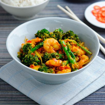 Broccoli, prawn and coconut salad | Easy Dinner Ideas | Red Online