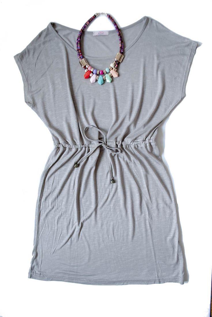 Lenge tavaszi megkötős ruhák 5 színben: 3700.- Boho chic nyakláncok színes kövekkel: 1690.-