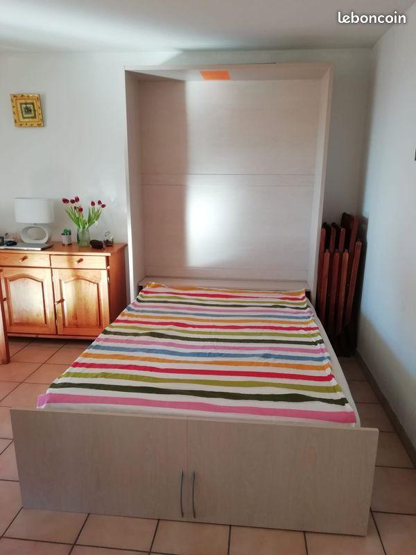 lit escamotable tres peu utilise lit d