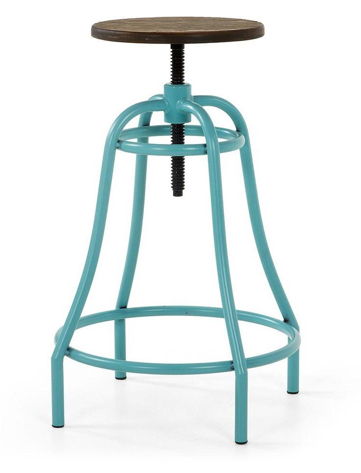 Struttura in metallo verniciata epossidica, alzata a vite regolabile, utile poggiapiedi, seduta in legno adatto anche all'esterno.