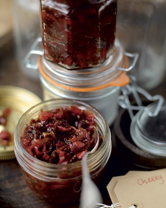 cheeky chilli-pepper chutney   http://www.jamieoliver.com/recipes/other-recipes/cheeky-chilli-pepper-chutney