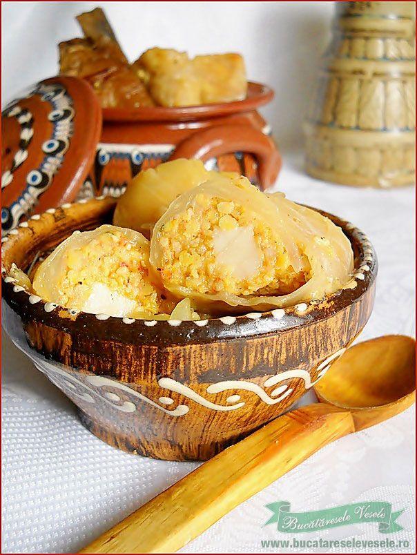 Sarmale cu pasat in oala de lut | Retete Culinare - Bucataresele Vesele