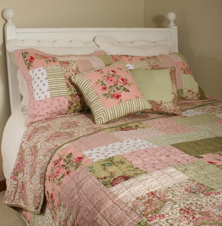 shabby chic bedding | Shabby Vintage Chic Roses Quilt Set