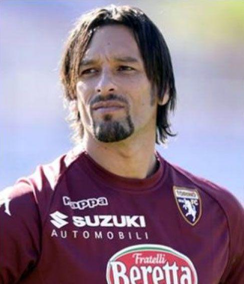 22 - Amauri Carvalho de Oliveira - Attaccante