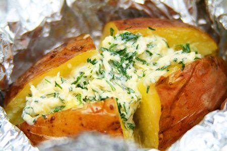 «Крошка картошка» – вкусный картофельный гарнир с зеленью.