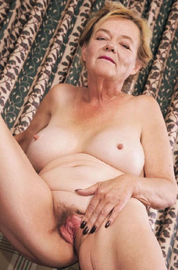 image Mature mothers and grannies fucked by young boys