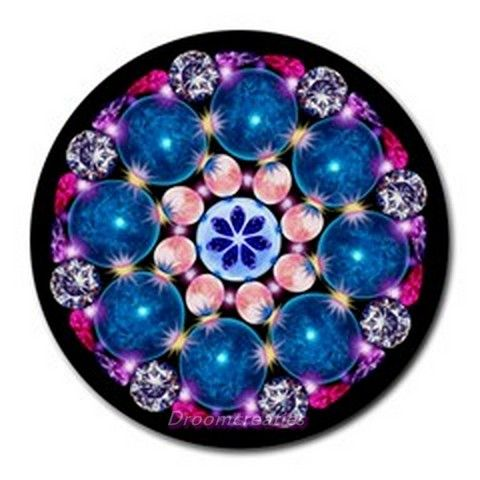 Mousepad Crystal Earth http://www.artravesupercenter.com/droomcreaties/?t=94