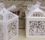 Kit com 10 caixinhas com recorte especial de passarinhos e coração. Perfeita pra deixar sua decoração mais charmosa!