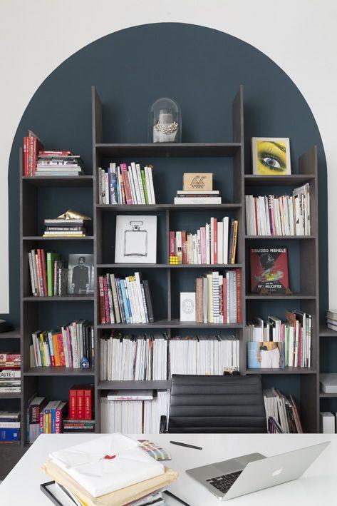 AL DENTE PARIS office - black Valchromat library - by chloe negre