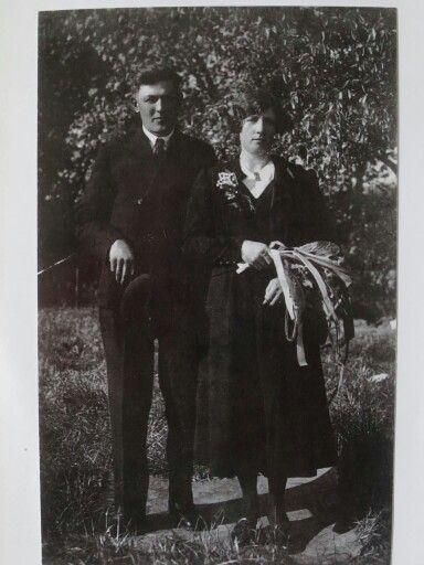 Trouwfoto van Peter Jansen met Cato van den Broek in 1938 geboorte  naam is (petrus)