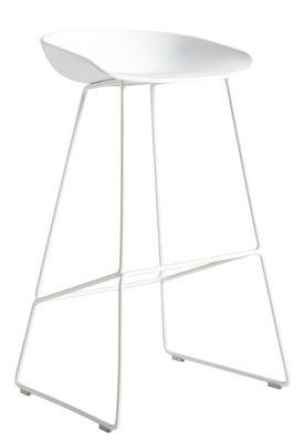 Tabouret de bar About a stool / H 65 cm - Piètement luge acier Blanc - Hay - Décoration et mobilier design avec Made in Design