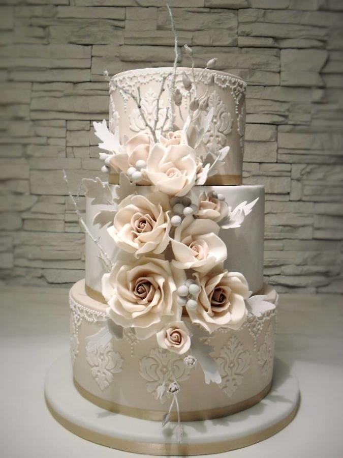 winter wedding cake - Cake by timea