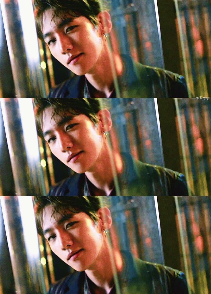 Baekhyun EXO - LOTTO// my favorite part in lotto is when baekhyun gives that sexy look while singing his part