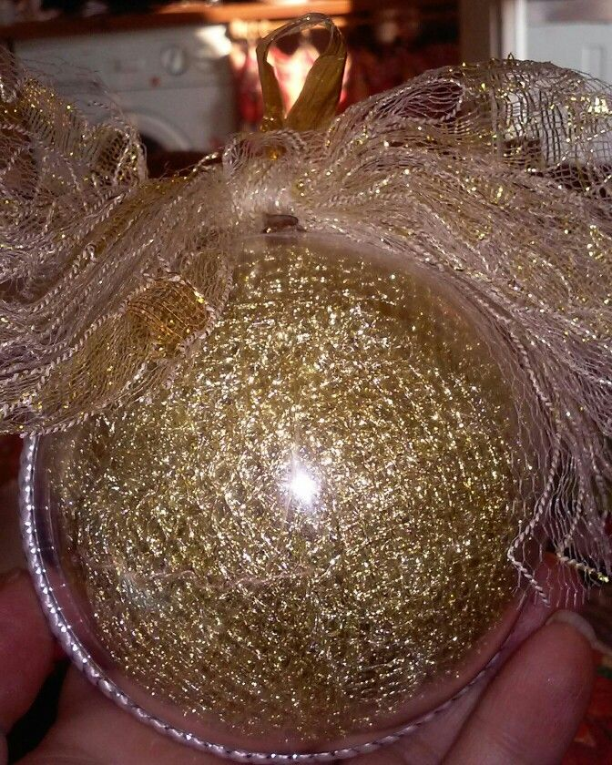 Palla con rete d'oro