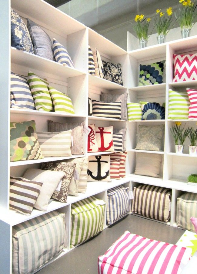 Fresh American debuts its collection of indoor/outdoor pillows \u0026 poufs at @NYIGF