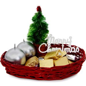 Candles N Choco Basket This Christmas give your close ones something special. Rs 549/- http://www.tajonline.com/gifts-to-india/gifts-X1463.html?aff=pint2014/