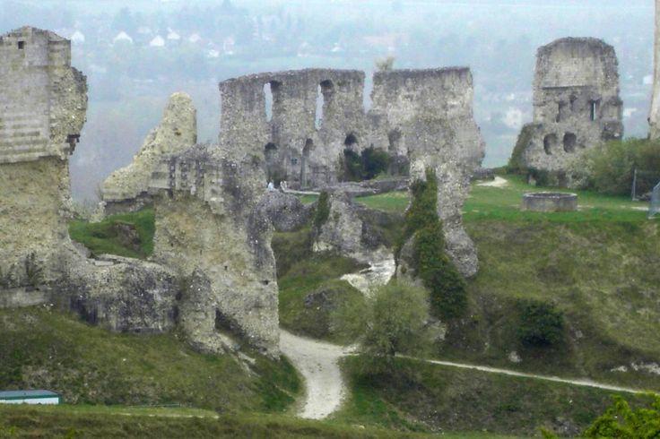 16 best images about chateau gaillard on pinterest boucle d 39 oreille belle and medieval castle. Black Bedroom Furniture Sets. Home Design Ideas