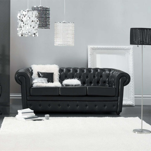 chesterfield sofa in black leather. yum, yum!